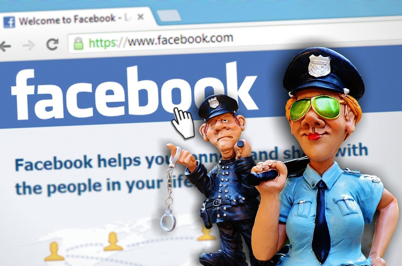 facebook、警察